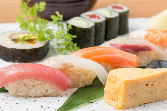 ランチ 極上の海鮮丼や握り御膳